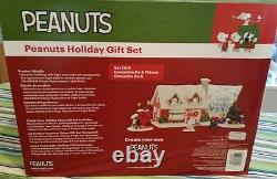 DEPT 56 PEANUTS Holiday Gift Set Snoopy Lucy Charlie Brown Christmas NEW 4051627