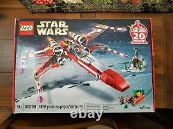 (LIGHT CREASES) New, Sealed LEGO Star Wars 4002019 Christmas X-Wing